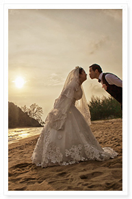 simple beach wedding in phuket