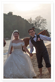 simple beach wedding idea in phuket
