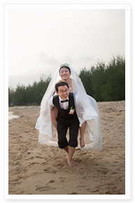 small beach wedding idea in phuket