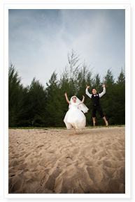 phuket small beach wedding idea